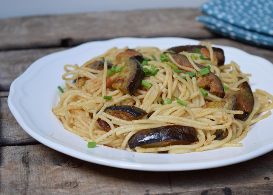 spaghetti with aubergine and peanut butter and chive recipe